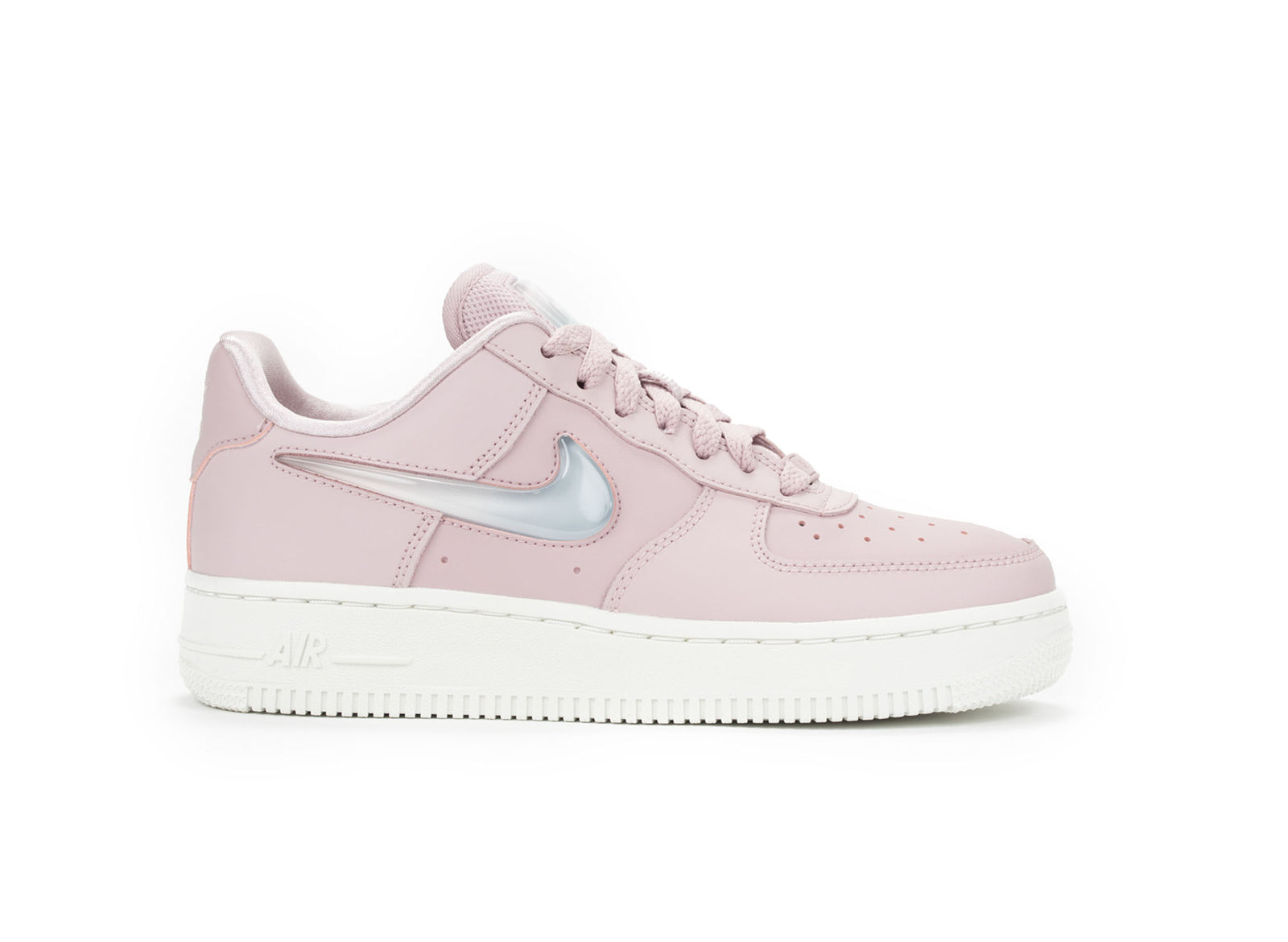 NIKE WOMENS AIR FORCE 1  07 SE PRM 61b552db3