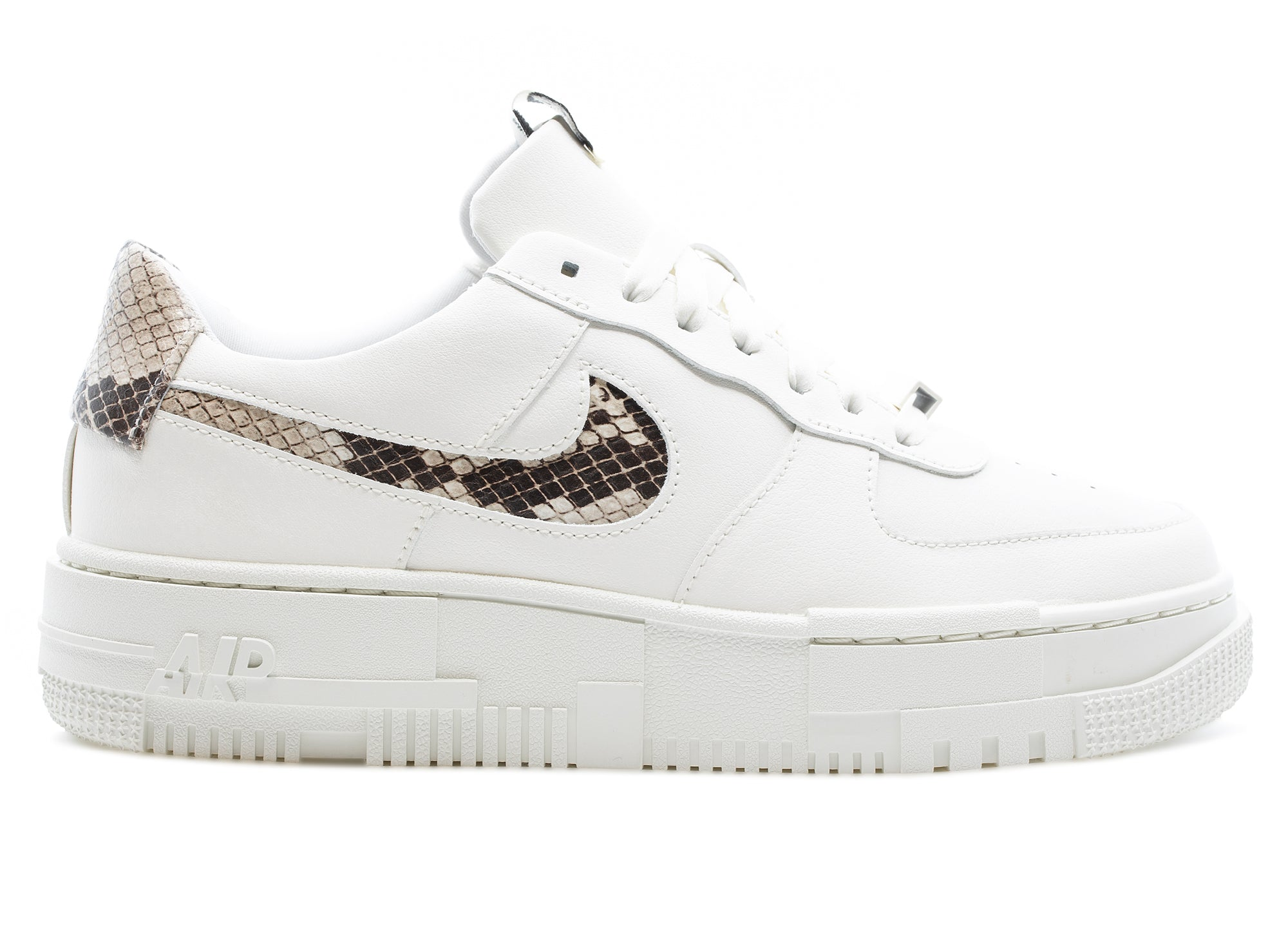 Women's Nike Air Force 1 Pixel SE xld
