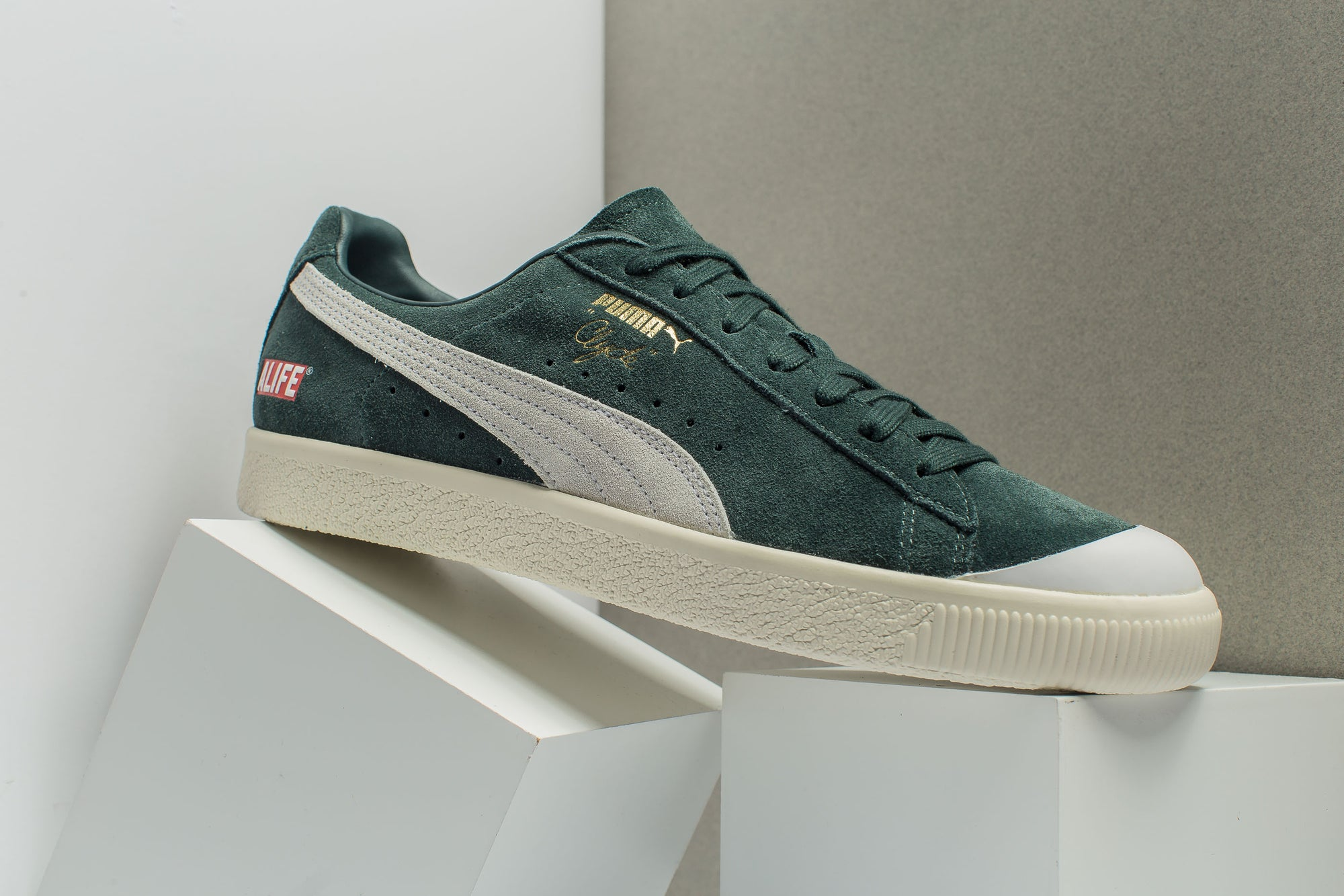 remise d5aa4 00a0d PUMA CLYDE RUBBER TOE ALIFE