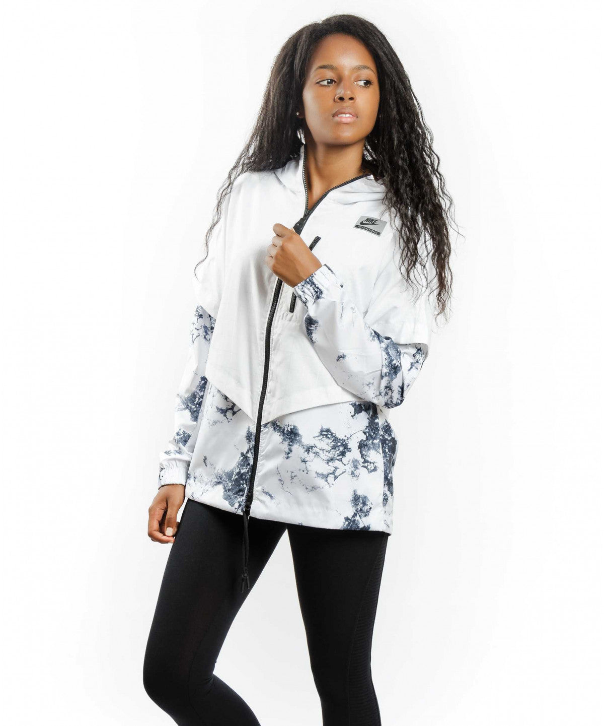 NIKE SPORTSWEAR INTERNATIONAL JACKET