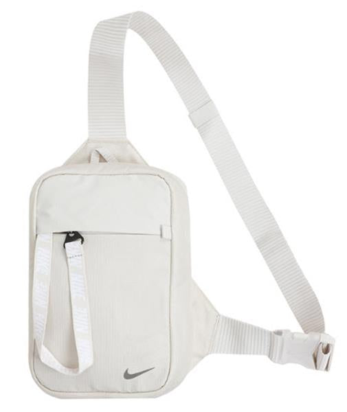 Nike Sportswear Essentials Hip Pack in Light Brown xld