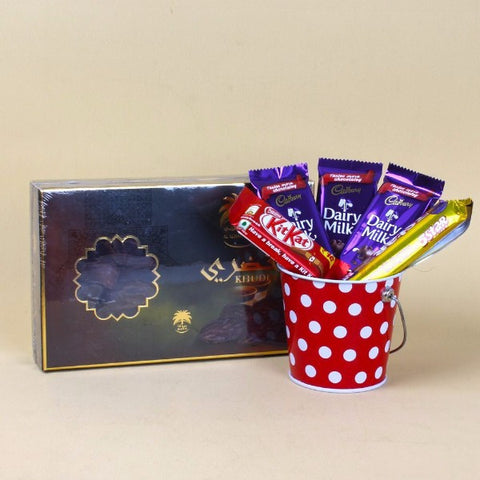 Al alwani Dates box with Assorted Chocolate