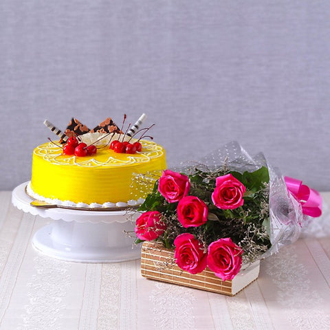 Pineapple Cake with Pink Roses Bouquet