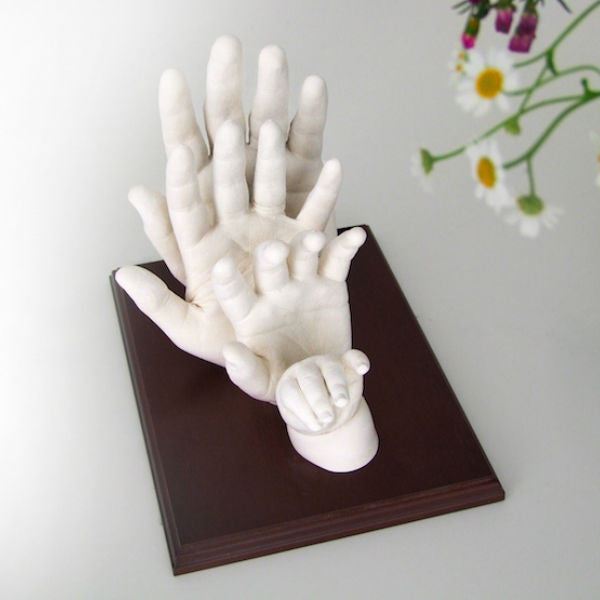 3D Casting of Pearl White Hands of Family of 4