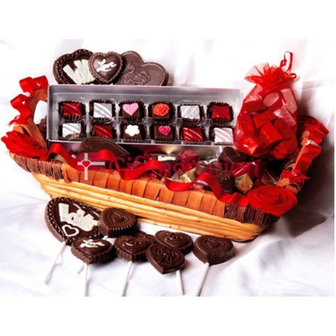 Be Mine Chocolate Gift Hamper - Giftingnation