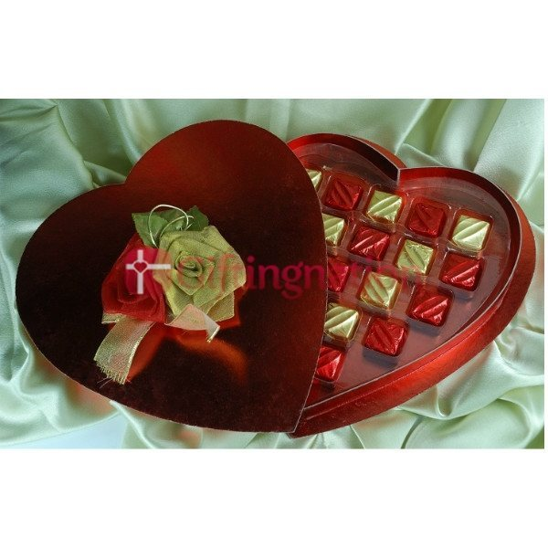 Red Hot Valentine Chocolate Gift Box - Giftingnation