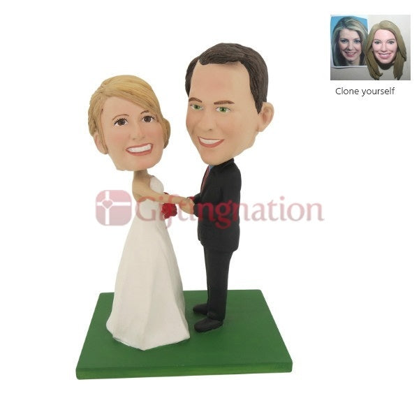 Custom Bobblehead Couple Exchanging Vows - Giftingnation