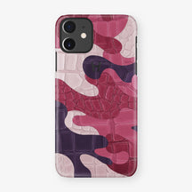 Alligator Case Camo iPhone 11 | Cherry Field - Black