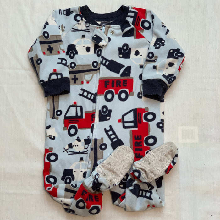Carters footed pj size 12M
