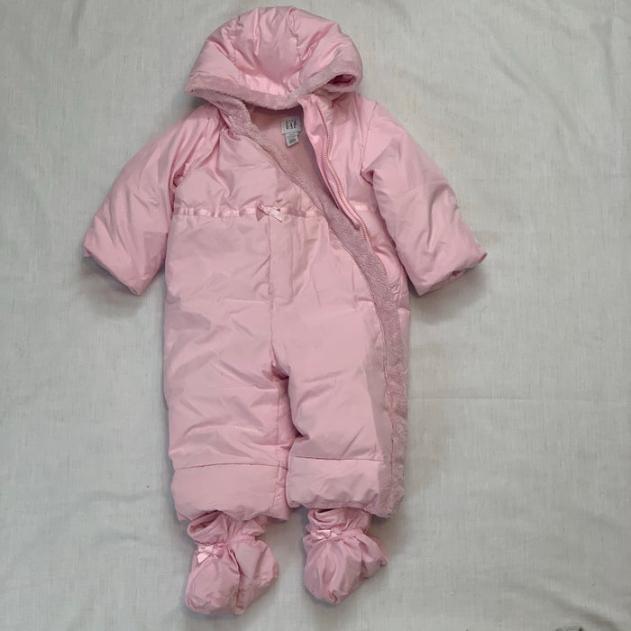 Baby gap snow suit with booties size 3-6M