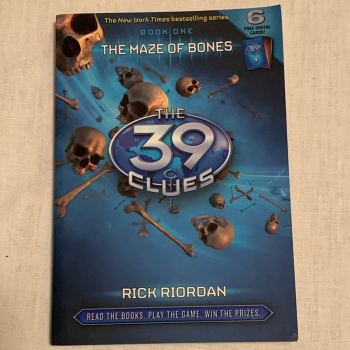 Soft cover 39 clues.