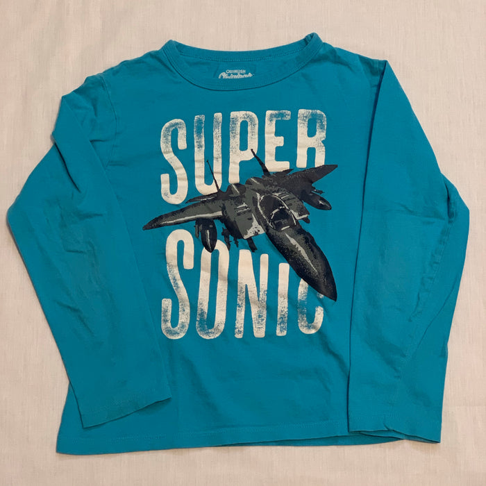 Osh kosh long sleeve small spot Size 8