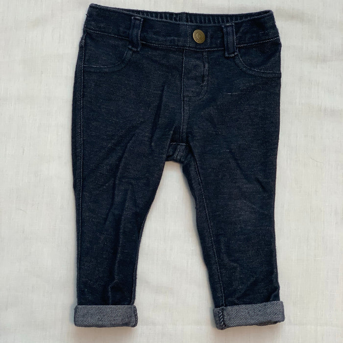 Baby gap jeggings with elastic waist size 6-12M