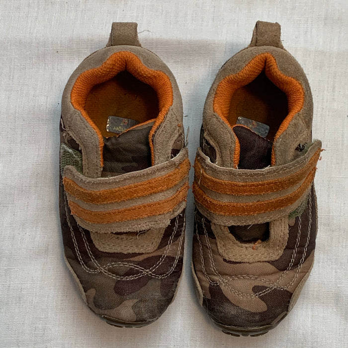 Thick sturdy shoes thick soles Size 7