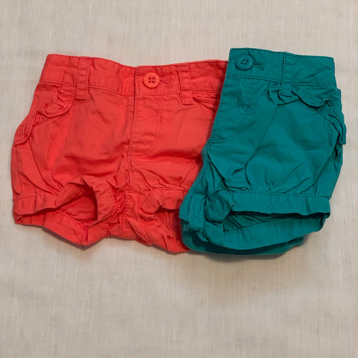 Old navy light material shorts Size 3-6M