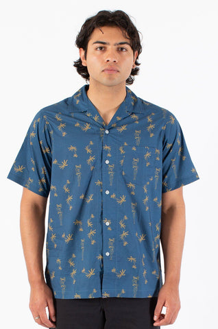 Tugger Button Up