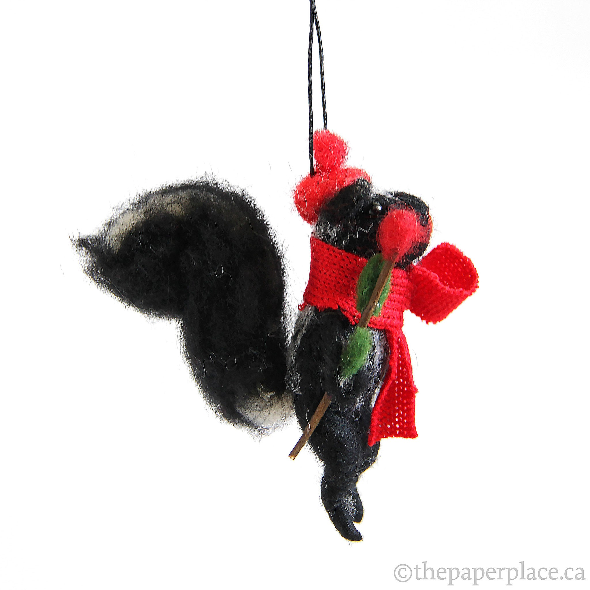 Artiste Skunk Ornament - Rose