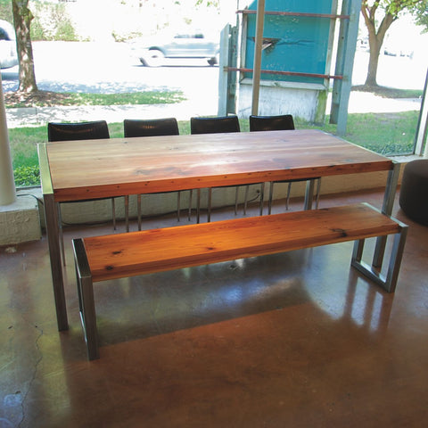 Nuvo Dining Table
