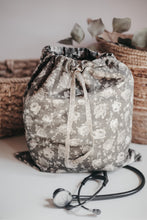Load image into Gallery viewer, Laundry Bag - Moss Floral