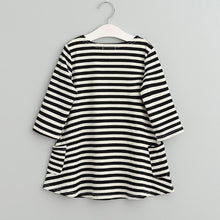 Load image into Gallery viewer, Girls Striped Shift Dress