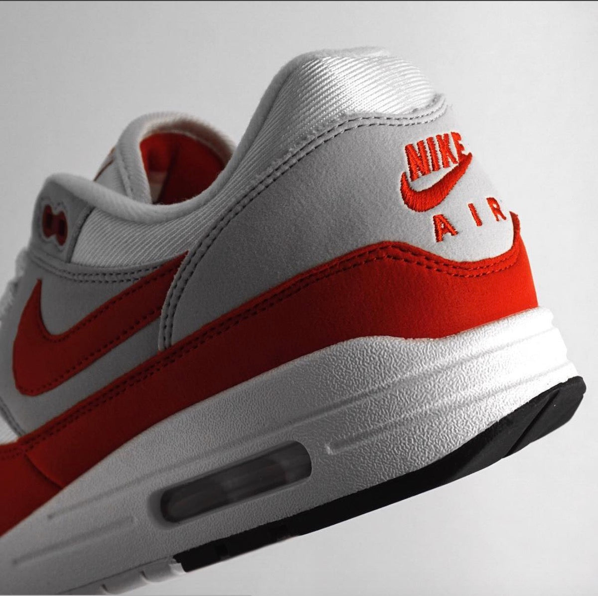 "NIKE AIR MAX 1 ""UNIVERSITY RED"" ANNIVERSARY (2018 RESTOCK) AVAILABLE NOW"
