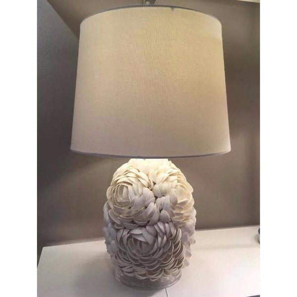 Lovecup Hand Applied Natural Shells Table Lamp