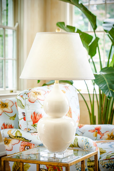 Chelsea House Fulton Vase Lamp Cream on Acrylic Base 68772