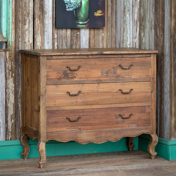 Lovecup Pine Orleans Chest L594