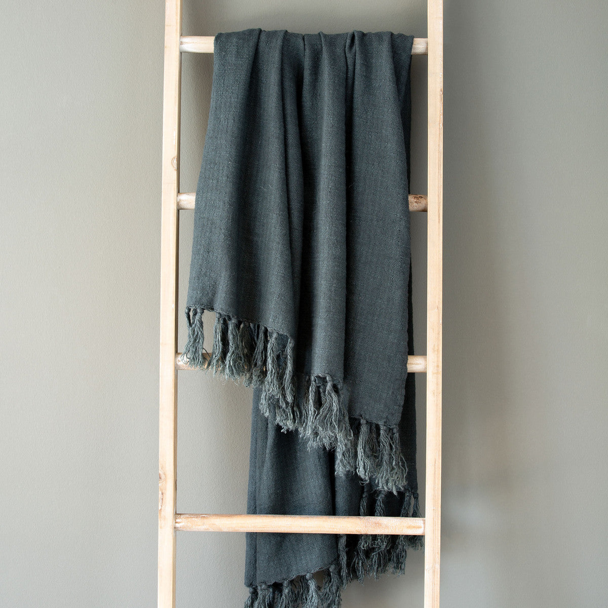 Lovecup Indigo Washed Linen Throw L428