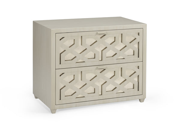 Lovecup China Lattice Chest L3674