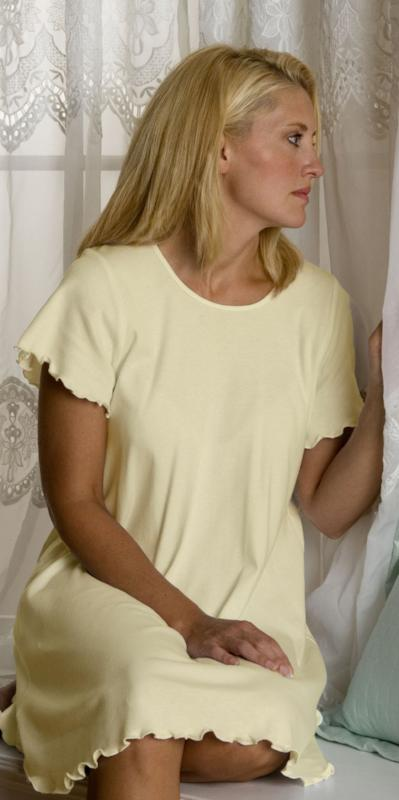 Celebration Short Sleeve Short Gown Interlock - Simple Pleasures, Inc.
