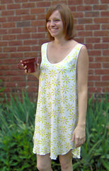 Sleevelss V Neck Short Gown Supima Cotton Daisy Print, Made In The USA