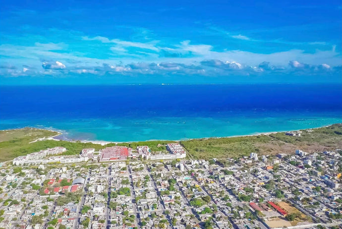 Playa del Carmen: 10 datos interesantes / 10 facts about Playa del Carmen