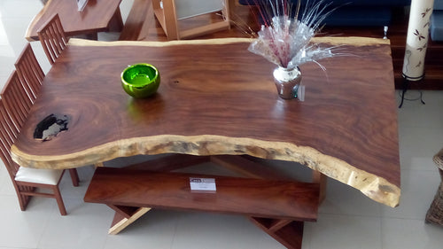 Mesa de Parota / Parota table