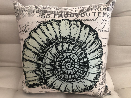 Cojín Decorativo Nautilus Leyenda // Legend Nautilus Pillow