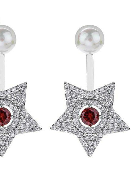 Star Earrings with simulated pearl.