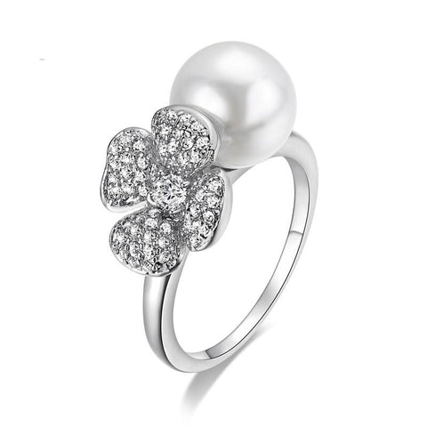 Summer Flower Pearl White Gold Ring