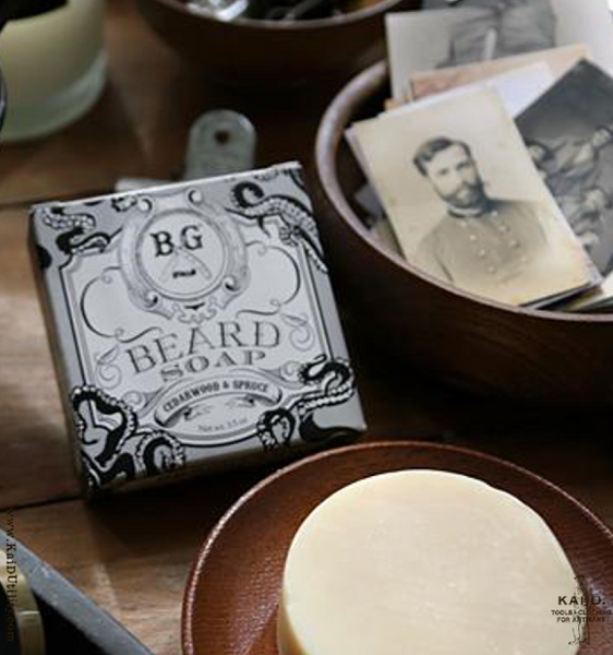 Beard Comb + Beard Soap Gift Set