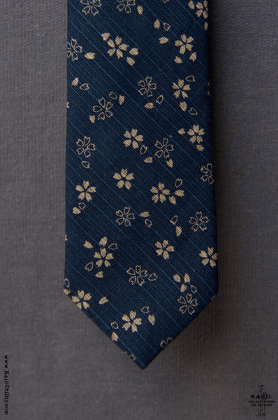 Japanese Jacquarded Floral Tie