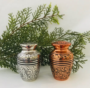 Keepsake Urn-Oak Collection
