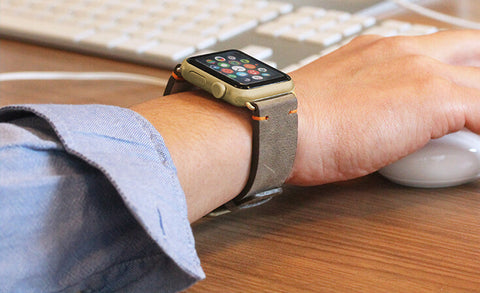 products/dried-herb-green-vintage-orange-cotton-Apple-watch-leather-band-denim.jpg