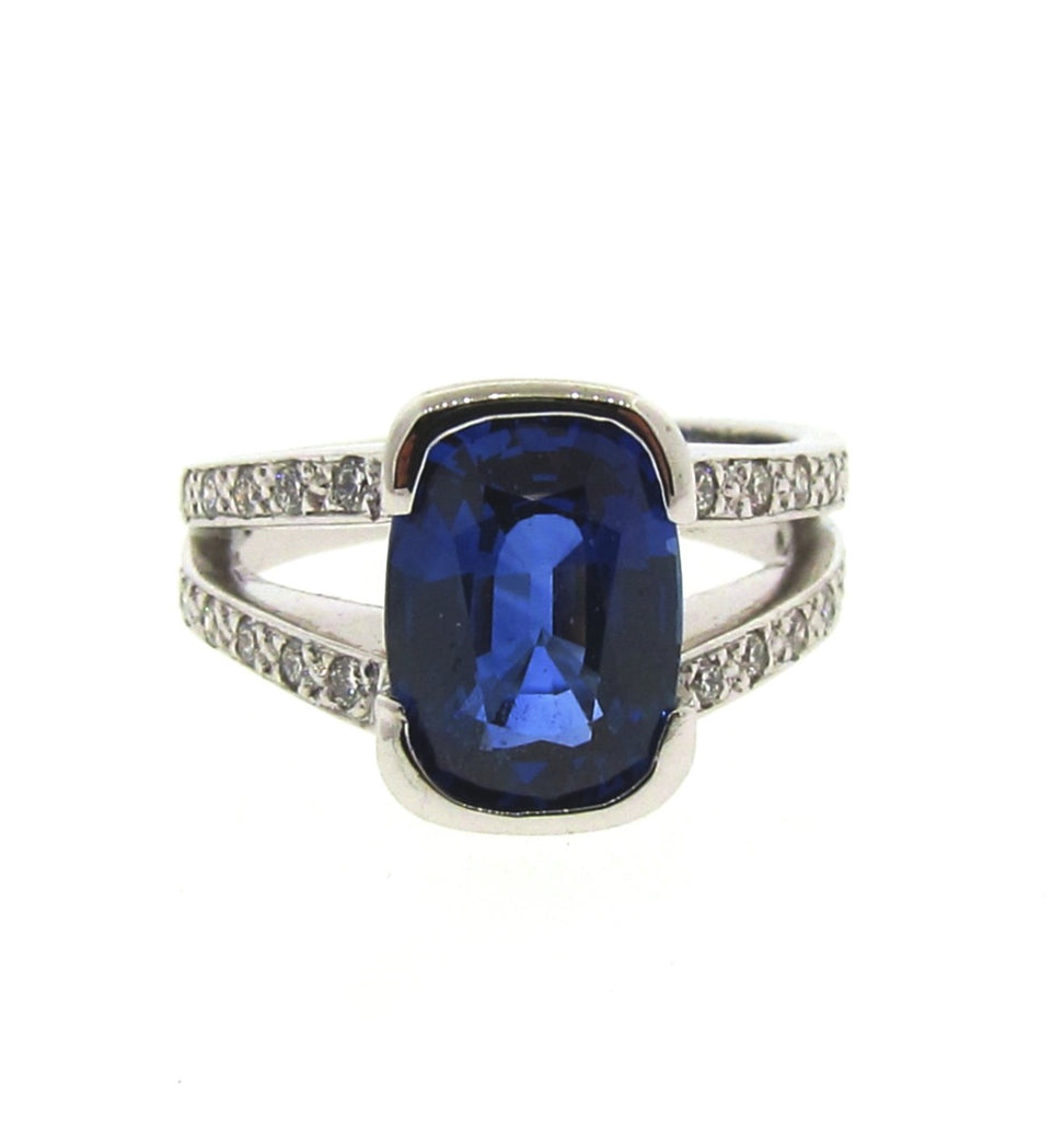 18ct White Gold Diamond Ceylon Sapphire Bespoke Engagement Ring