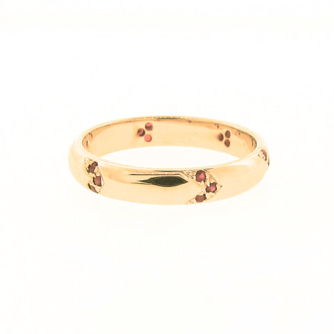 Find Your Direction Narrow Band in Yellow Gold and Ruby