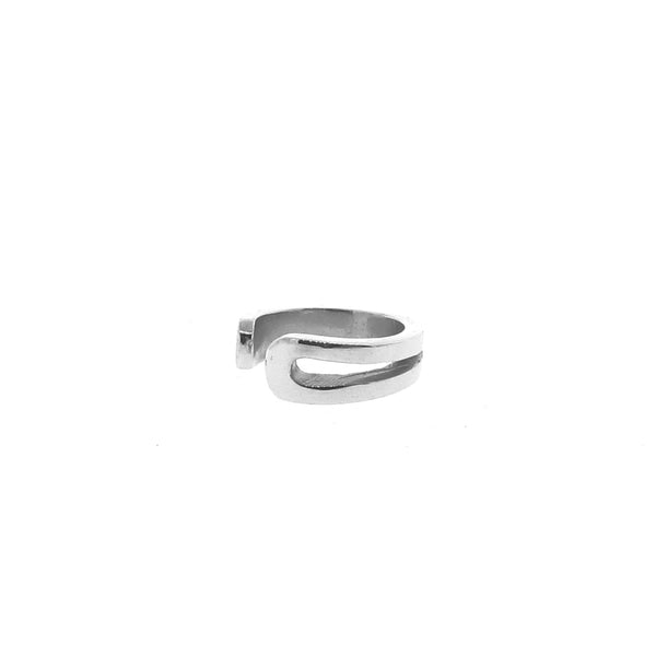 White Gold Travelling Ear Cuff