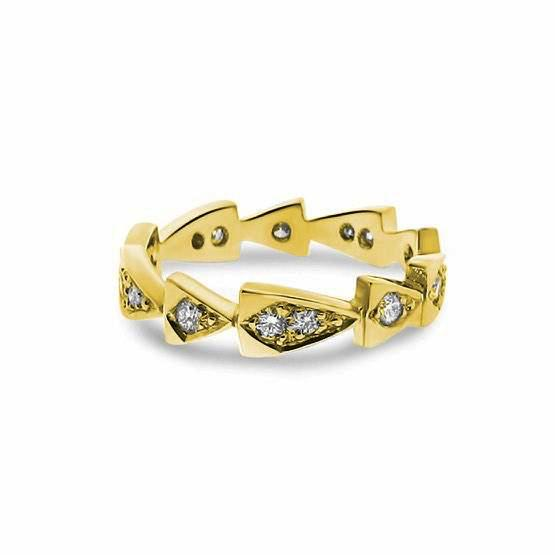 yellow gold diamond chasing arrows stackable band