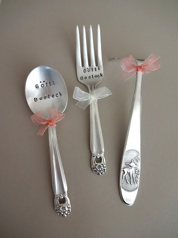 .Baby set with food pusher