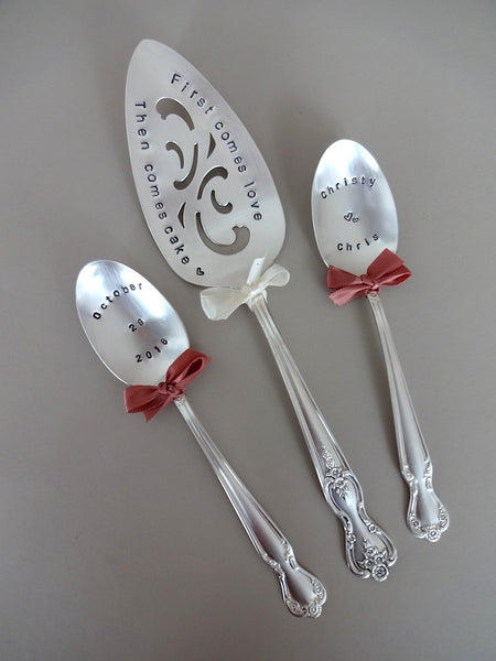 Cake Server with spoon pair