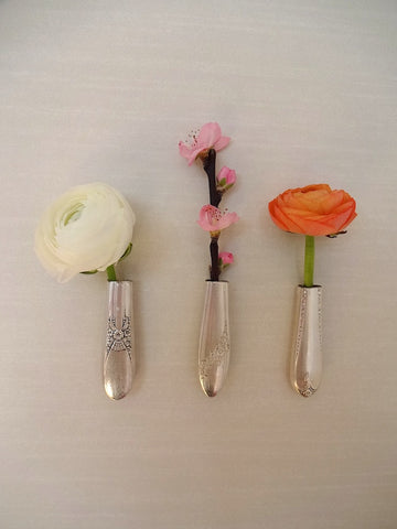 Set of 3 knife vases