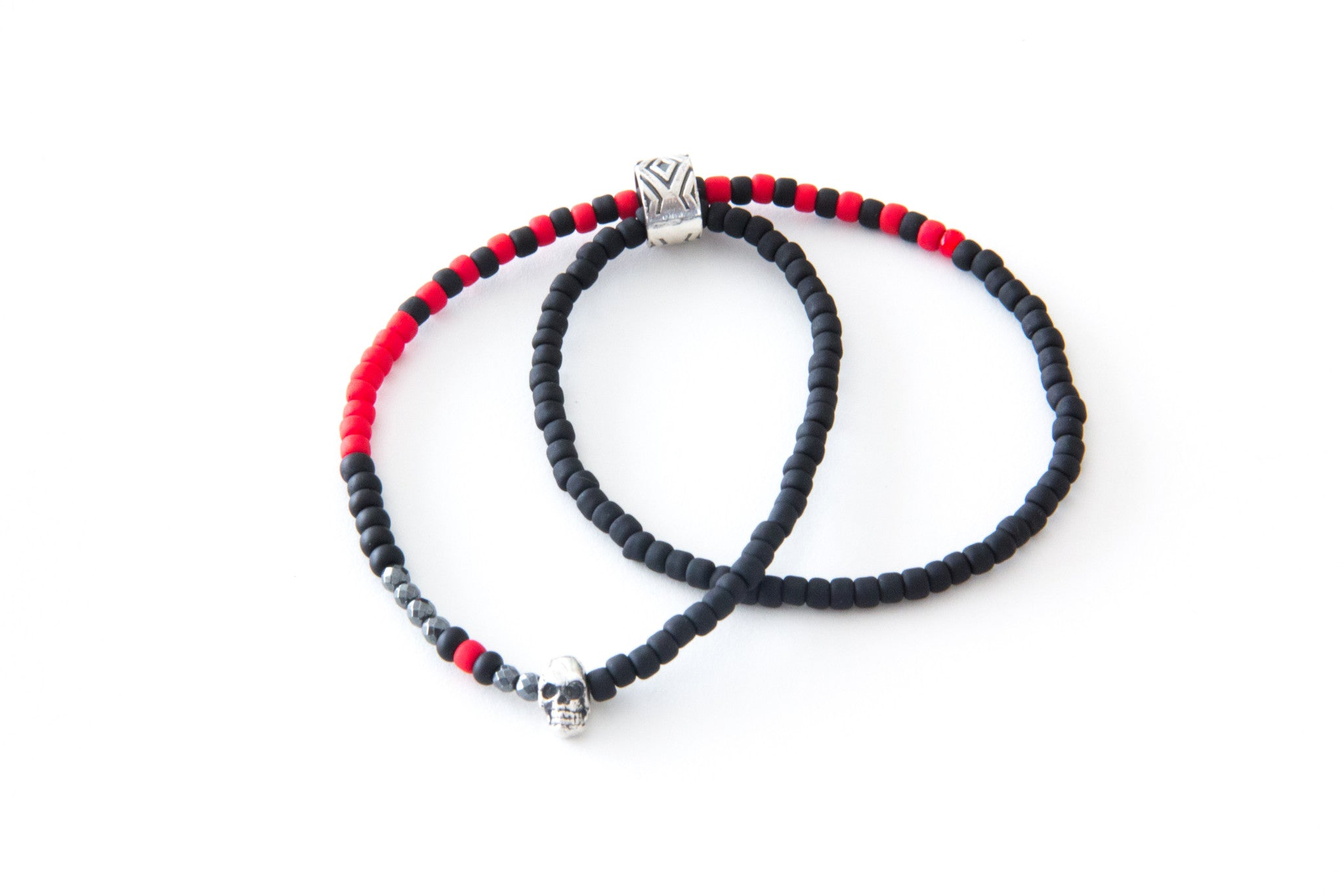 (ADD) DOUBLE WRAP 2 CHARM BRACELET BLACK & RED
