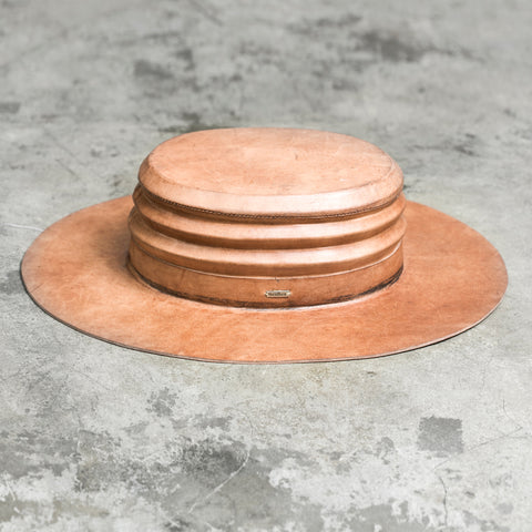 VERGE LEATHER HAT BROWN